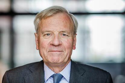 Prof. mr. J.G. (Jaap) de Hoop Scheffer - Voorzitter AIV